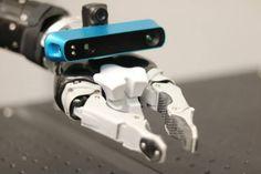 Robots:Manos robóticas provistas de ojos electrónicos — Noticias de la Ciencia y la Tecnología (Amazings®  / NCYT®)