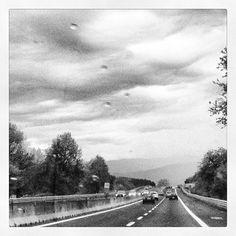 under grey clouds - Ph Linda Dell'Omo