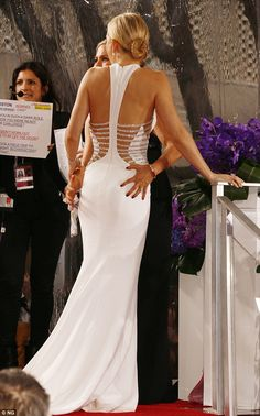 The detail. Love. Kate Hudson, Golden Globes 2015.