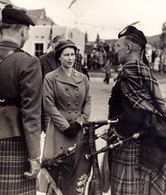 +~+~ Antique Photograph ~+~+ Pipe Major Donald MacIntyre with HRH the Princess Elizabeth circa 1950, Lochboisdale Pier.