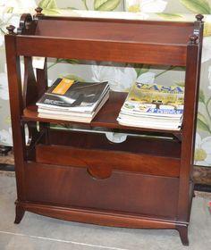 Librero md.243-81 Medidas: 0,71 largo x 0,37 fondo x 0,86 alto. Consultar precio con descuento especial. Unidades disponibles 1