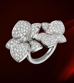 Cartier Caresse D' Orchidees White Gold and Diamonds Ring Profile Photo