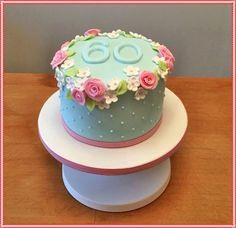 PASTELES DE CUMPLEAÑOS PARA MUJERES | TORTAS DECORADAS Small Cake, Fondant Cakes, Ale, Cake Decorating, Desserts, Recipes, Food, Cath Kidston, Salvador