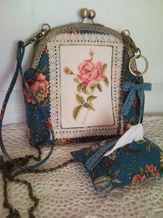 Анюткина комната: Сумочка с розой