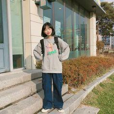 Korean Girl Fashion, Korean Street Fashion, Tomboy Fashion, Cute Fashion, Fashion Outfits, Cute Casual Outfits, Retro Outfits, Boyish Outfits, Baggy Clothes