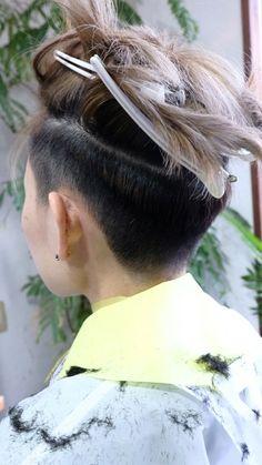 皆勤賞〜♪♪‹‹\(´ω` )/››‹‹\( ´)/›› ‹‹\( ´ω`)/››~♪ | 鹿児島県 霧島市 美容室 a:rk 店長 芝の美容師日記 Mens Haircuts Short Hair, Undercut Hairstyles Women, Short Hair Undercut, Hairstyles Haircuts, Short Hair Cuts, Medium Hair Styles, Curly Hair Styles, Short Hair Tomboy, David Hair