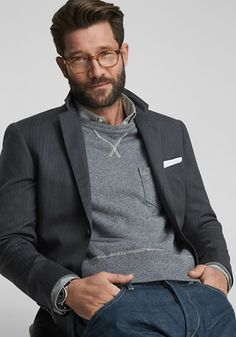 Weak in the knees for a man in glasses. By Sam Del Rowe for Selectism: Todd Snyder draws inspiration from classic Savile Row tailoring for his White Label Spring/Summer 2015 collection. Spring Fashion Casual, Look Fashion, Mens Fashion, Daily Fashion, Stylish Men, Men Casual, Casual Styles, Todd Snyder, Mens Fall
