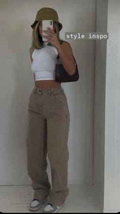 Swaggy Outfits, Baddie Outfits Casual, Cute Casual Outfits, Outfits With Sweatpants, Stylish Outfits, Casual Chic, Summer Outfits, Teen Fashion Outfits, Retro Outfits