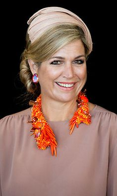 Queen Maxima of the Netherlands' best statement necklaces - 2016 Australian state visit