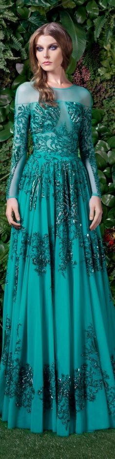 Just a pretty dress: Designer fashion Basil Soda, Elegant Dresses, Pretty Dresses, Elie Saab, Evening Dresses, Prom Dresses, Couture 2015, Dress Vestidos, Green Fashion