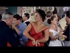 Sophia Loren Mambo Italiano - YouTube