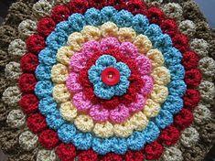 New Crochet Flowers Pillow Crocodile Stitch Ideas Crochet Home, Knit Or Crochet, Crochet Crafts, Crochet Projects, Crochet Motifs, Crochet Stitches Patterns, Crochet Squares, Crochet Cushions, Crochet Pillow
