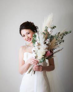 Rustic Flower Arrangements, Rustic Flowers, Dried Flowers, Flower Bouquet Wedding, Bridesmaid Bouquet, Xmas Table Decorations, Wedding Letters, Botanical Wedding, How To Preserve Flowers