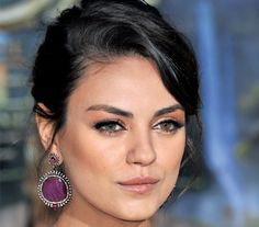 Get The Look: Mila Kunis #howto