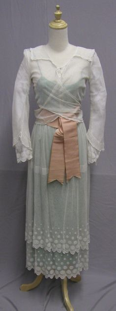 US $0.99 in Clothing, Shoes & Accessories, Vintage, Women's Vintage Clothing