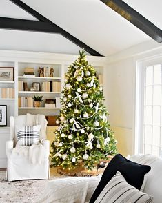 healthy living catalog by amerimark catalog phone number free code number American Farmhouse, Farmhouse Style, Farmhouse Decor, Christmas Time Is Here, All Things Christmas, Country Christmas, Simple Christmas, Christmas Layout, Diy Projects Shelves