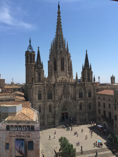 Barcelona Cathedral, Building, Places, Travel, Lugares, Viajes, Buildings, Traveling, Trips