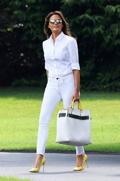 Fashion-Looks: Der Style von Melania Trump - Women's Fashion - Classy Outfits, Chic Outfits, Summer Outfits, Fashion Outfits, Womens Fashion, Fashion Looks, Work Fashion, Milania Trump Style, Elegantes Business Outfit