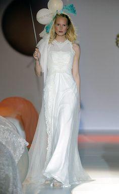 Vestido romántico #vestido de aire inocente de #RaimonBundó.
