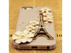 Lovely Eiffel Tower iPhone 4 Case - Purple (Version II)