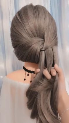 Braids, buns and twists! Step-by-step hairstyle tutorials . - Braids, buns and twists! Step-by-step hairstyle tutorials – Braids, buns and twists! Step By Step Hairstyles, Bun Hairstyles For Long Hair, Diy Hairstyles, Buns For Long Hair, Simple Braided Hairstyles, Two Buns Hairstyle, Running Late Hairstyles, Heatless Hairstyles, Prom Hair Updo