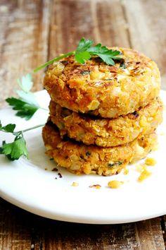 Chickpea Onion Patties (non-deep fried Felafels) - Grains and Legumes, Recipes - Divine Healthy Food Chickpea Recipes, Veggie Recipes, Indian Food Recipes, Whole Food Recipes, Vegetarian Recipes, Cooking Recipes, Healthy Recipes, Drink Recipes, Falafel