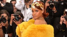Dramatic gowns dominate at the Met Gala. http://www.ctvnews.ca/entertainment/entertainment-photos/dramatic-gowns-dominate-at-the-met-gala-1.2359172