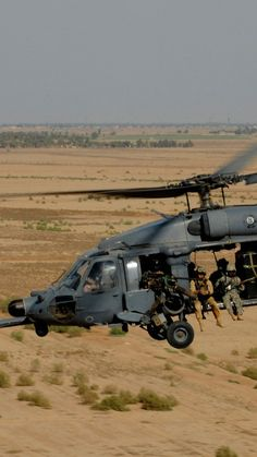 Sikorsky Black Hawk, helicopter, U. - Sikorsky Black Hawk, helicopter, U. Black Hawk Helicopter, Helicopter Plane, Attack Helicopter, Military Helicopter, Military Aircraft, Fighter Aircraft, Fighter Jets, Us Navy, Air Force