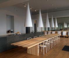 Edi is a minimalist design created by Sweden-based designer Claesson Koivisto Rune for Nikari. Chair Design, Furniture Design, Modern Table, Decoration Table, Restaurant Design, Minimalist Design, Interior Design, Architecture, Wood