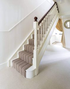 The Architecture Designs presents 22 beautiful traditional staircase design ideas to turn your traditional staircases into a unique one. Explore all ideas here. Staircase Spindles, Wood Handrail, Timber Staircase, White Staircase, Painted Staircases, Painted Stairs, Wooden Stairs, Staircase Design, Staircase Ideas