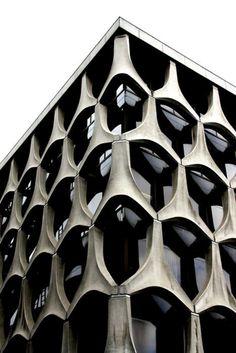 Alien eye architecture
