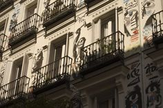 Calle Orellana esquina con Campoamor.  Barrio de Chueca. Madrid. 2015.