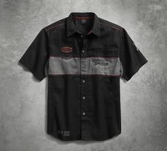 This men's short sleeve shirt is a throwback to vintage mechanic shirts. The rugged cotton twill is washed for a worn look and detailed with classic graphics, including embroidery, patches, and back appliqué. The Iron Block Shirt is a testament to our enduring style. Harley Gear, Custom Made Shirts, Work Shirts, Shirt Designs, Men Casual, Menswear, Mens Fashion, Mens Tops, Jake Pitts