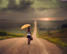 Kobieta, Walizka, Parasol, Droga
