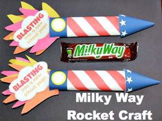Start the new year off with a blast with this candy bar rocket.  The free printable makes your job super easy!