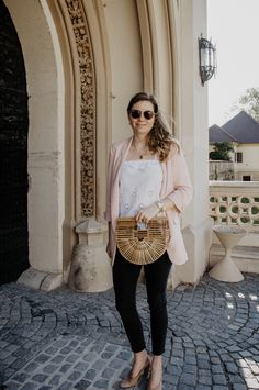 Blazer, Blazer Outfit, Casual chic Outfit, casual, all day fashion, bamboo bag, pearl Necklace, Rayban sunglasses, pink Blazer, Zara Blazer, embroidery, white, white jeans, blouse, lace shirt, white, neutrals, white pants, all white outfit, off white outfit, off white pants, Frühlingsoutfit, Outfit, winter Fashion, spring, spring fashion, Streetstyle, spring Streetstyle fashionblog, fashionblogger, Modeblog, ballerina, white and pink outfit All White Outfit, White Outfits, Off White Pants, White Jeans, Spring Fashion, Winter Fashion, Zara Blazer, Blazer Outfits, Polyvore Outfits