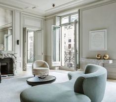 Awesome Parisian Chic Apartment Decor Inspirations - Page 91 of 108 Best Interior Design, Interior Design Inspiration, Interior Design Living Room, Interior Decorating, Room Interior, Interior Ideas, Design Hall, Canapé Design, House Design