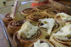 These cinnamon rolls are the perfect addition to any holiday brunch and can be whipped up the night before in a bread machine. Bread Machine Cinnamon Rolls, Best Bread Machine, Cinnamon Bread, Favorite Sugar Cookie Recipe, Sugar Cookies Recipe, Cookie Recipes, Homemade Yeast Rolls, French Toast Rolls, Bread Maker Recipes