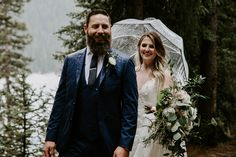 This snowy elopement in Lake Louise was beautiful and romantic. The couple exchanged their vows then did wedding photos at Lake Louise and Moraine Lake. Wedding First Look, Brittany, Vows, Got Married, Wedding Photos, Romantic, Couple Photos, Couples, Photography