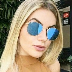 Óculos Ray Ban Hexagonal® – Azul Espelhado Mirrored Sunglasses, Sunglasses Women, Fashion Gallery, Stylish, Ray Ban Glasses, Wearing Glasses, Luxury, Travel