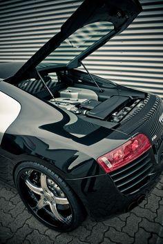 R8 Engine.