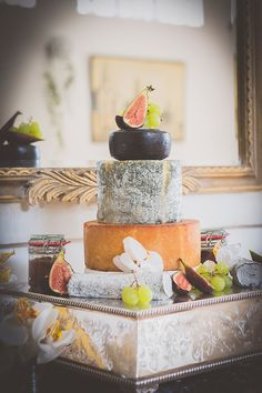 E Wedding Invitation Cards Wedding Catering Cost, Cheap Wedding Venues, Late Night Food, Wedding Cake Alternatives, Traditional Wedding Cake, Wedding Cake Inspiration, Wedding Ideas, Luxury Wedding Invitations, Food Decoration
