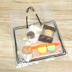 To put special stuff in the bag! This plastic bag is almost transparent and drawn a tote bag shape. A set is composed of 20 bags. Great for gift and many more. -♣ includes : 20 bags -♣ size : x x (in) -♣ design and made/ Korea -♣ materials : PE Jewelry Packaging, Brand Packaging, Gift Packaging, Paper Cup Design, Plastic Bag Packaging, Transparent Bag, Clear Bags, Boutique Design, Packaging Design Inspiration