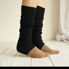 TOELESS LEG WARMERS ONLY 2 OF EACH COLOR LEFT ⚡ALL COLORS IN STOCK⚡If you want all 4 or just 1 pair I can ship same day!!THIGH HIGH BOOT WARMERS!! ALL COLORS SHOWN Made of an amazing thick and warm wool. Great for gymnasts also can wear with flats, heals, ANYTHING  Colors are as shown $18 each or all for $60 Accessories
