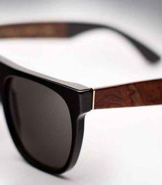 090d10a7273c5 Óculos de sol são acessórios indispensáveis em uma mala de quem vai para a  praia.