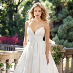 Elegant and simple strappy gown