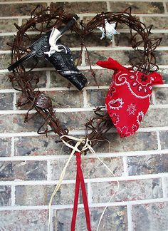 The perfect Valentines Day gift. Your loved ones will remember you every day of the year! Art for a lifetime of love. Barbed Wire Decor, Barbed Wire Wreath, Xmas Wreaths, Door Wreaths, Western Wreaths, Western Decor, Western Centerpieces, Barb Wire Crafts, Cowboys Wreath