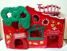 Christmas Peppermint House * OOAK Custom Littlest Pet Shop Little Pet Shop, Little Pets, Christmas Candy, Christmas Themes, Christmas Presents, Christmas Crafts, Lps Houses, Lps For Sale, Custom Lps