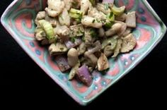 Balsamic Chicken and White Bean Salad Recipe - no celery, maybe broccoli Grilled Chicken Salad, Balsamic Chicken, Thin Sliced Chicken, Look And Cook, Recipe Database, Cooking On The Grill, 500 Calories, Recipe Details, Bean Salad