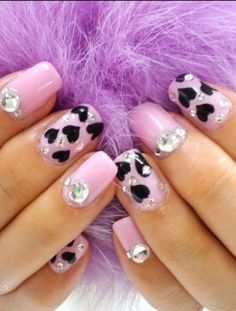 Pretty Nail Art Designs to Try This Summer.without the black hearts tho Nails Opi, Manicure, Pink Nails, Cute Nail Art Designs, Acrylic Nail Designs, Acrylic Nails, Pretty Designs, Pretty Nail Shop, Pretty Nail Art